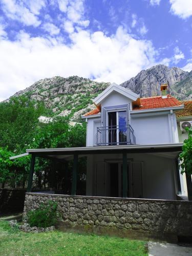 Недвижимость черногории новая
