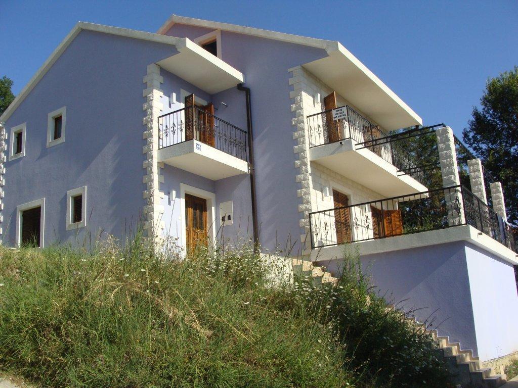 Дом в Мирина до 100000 евро