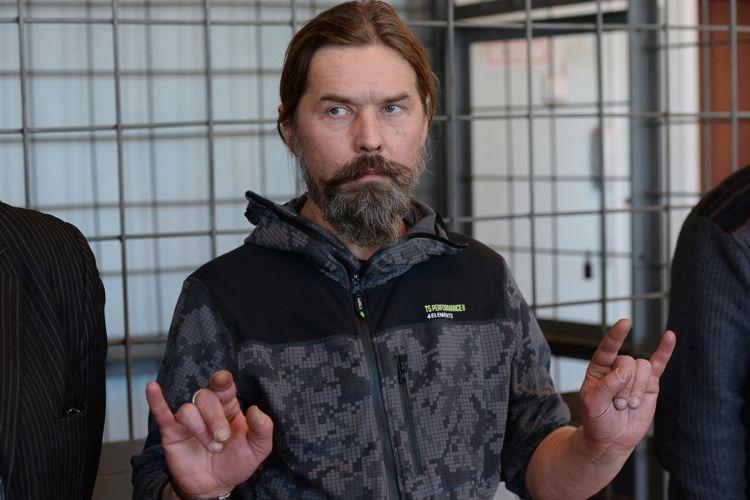 В Черногории к 10 месяцам тюрьмы приговорили лидера российской рок-группы