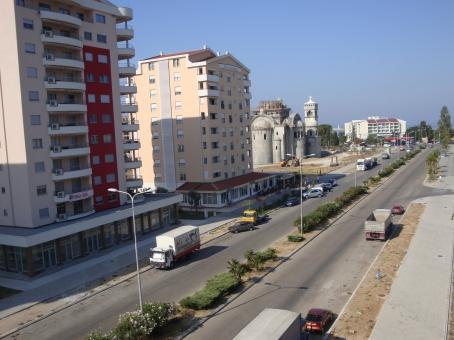 Где купить дом у моря в черногории