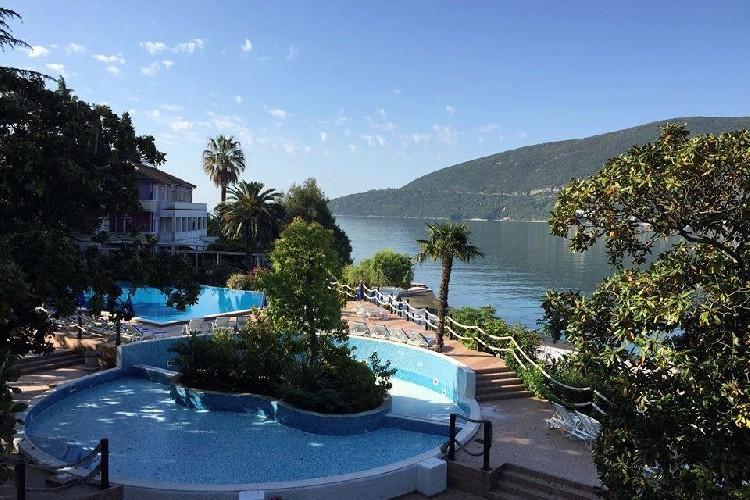 В конце июля отели Херцег-Нови заполнены на 80%-90%
