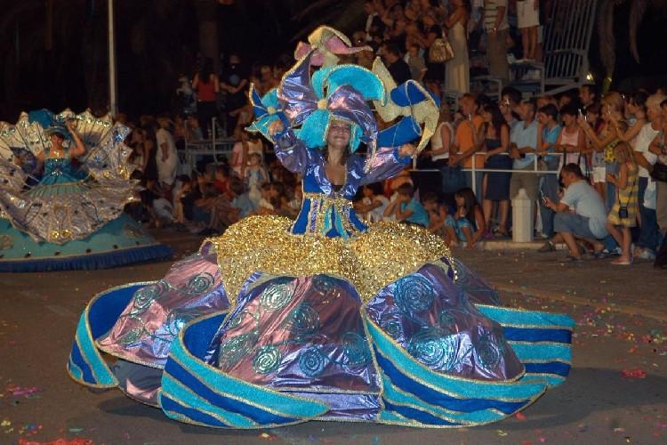 В Черногории открылся 15-й Международный летний которский карнавал