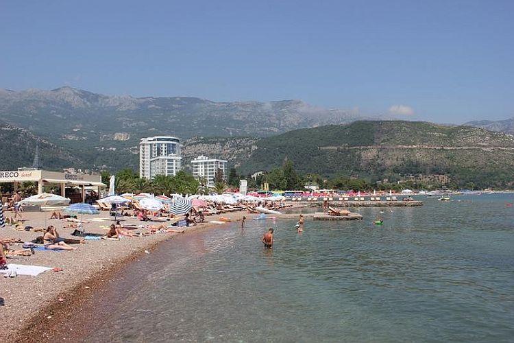 Количество туристов в Черногории возросло почти на 10%