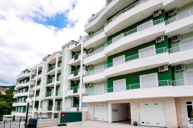 Недвижимость в черногории у моря недорого вторичное жилье купить